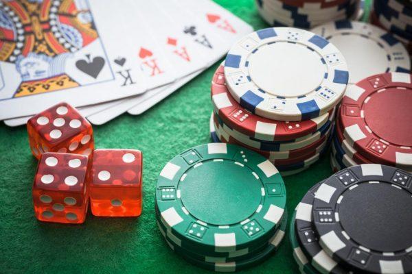 効果的なギャンブルアクセサリーや本を入手する